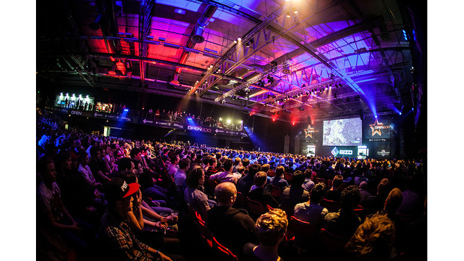 DreamHackの様子 Photo by Helena Kristiansson, eSportPhoto.com